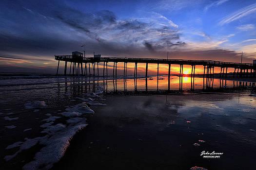 Ocean City Fishing pier 14th street by John Loreaux