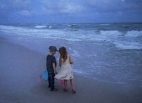 Ocean Memories  by Mary Lynn Giacomini
