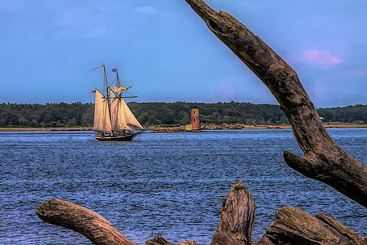 Odiorne Point view of WhaleBack Lighthouse by Jeff Folger