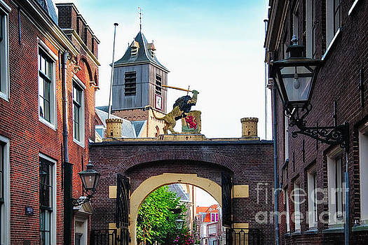 Old City Gate  of Leiden by George Oze