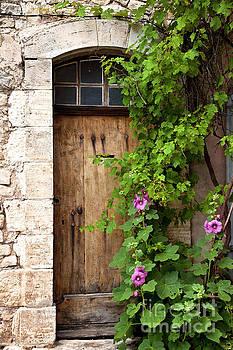 Brian Jannsen - Old door in Sault