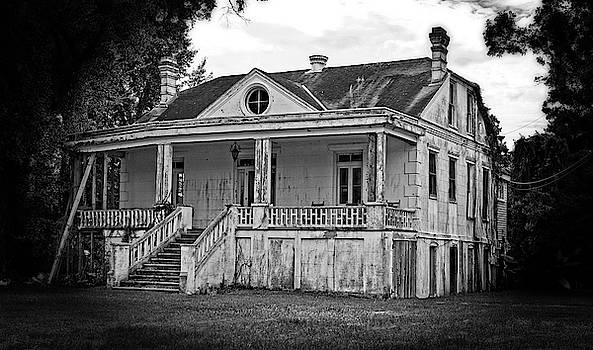 Old house Black and White by Maggy Marsh