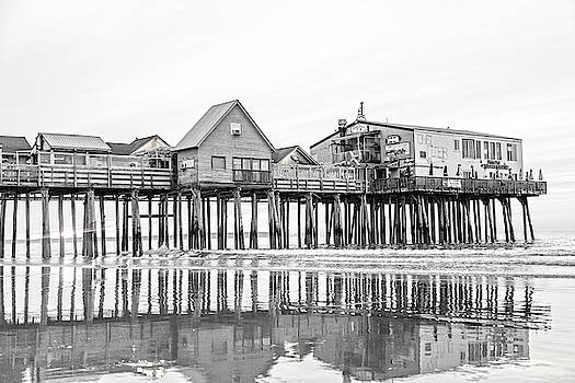 Old Orchard Beach Pier Good Morning Classic by Betsy Knapp