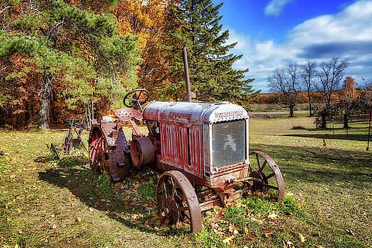 Susan Rissi Tregoning - Old Tractor