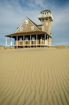 Oregon Inlet Life-saving Station by Mike O'Shell
