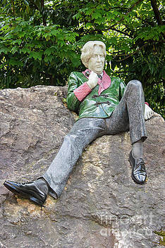 Bob Phillips - Oscar Wilde Statue Two