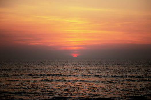 Outer Banks Sunrise 21 by David Stasiak