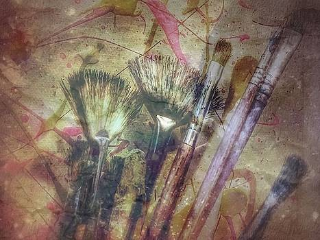 Abbie Shores - Paint Brushes in Grunge 2 of 3