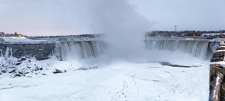 Panoramic view Niagara Falls by Nick Mares