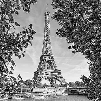 Melanie Viola - PARIS Eiffel Tower and River Seine - Monochrome