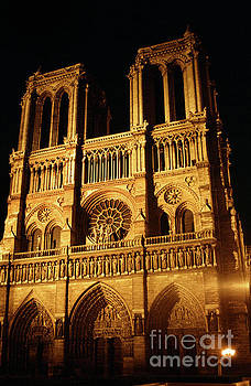 California Views Archives Mr Pat Hathaway Archives - Notre Dame cathedral Paris, France April  1978 Photo by Pat Hathaway