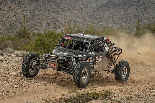 Parker 425 - Desert Race by Constance Puttkemery