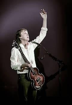 PAUL McCartney in Concert by Daniel Hagerman