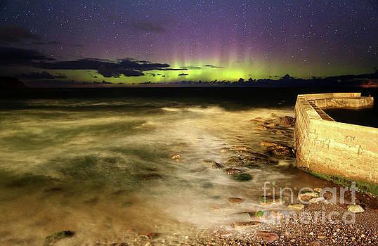 Pennan Aurora by Roddy Atkinson