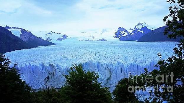 Perito Moreno Glacier by Joseph Hendrix