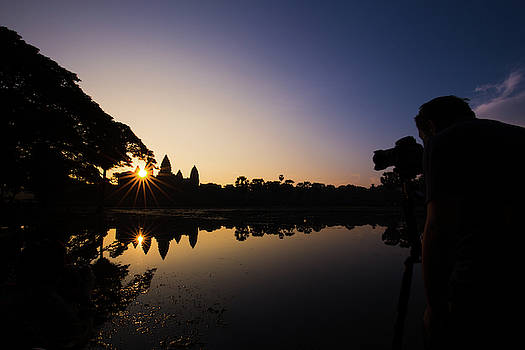Photographing Sunrise at the Majestiv Angkor Wat by Darren Wilch
