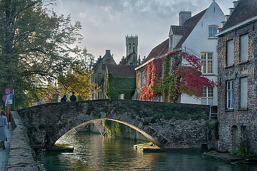 pictorial Bruges by Joachim G Pinkawa