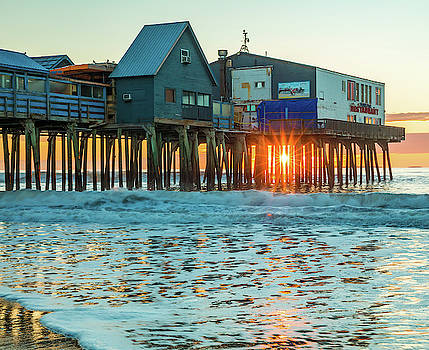 Pier Patio Pub Sunstar by Dan Sproul