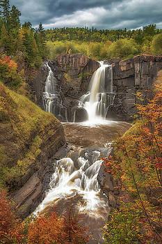 Susan Rissi Tregoning - Pigeon Falls in Autumn