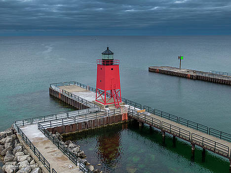 Pine River Lighthouse, Charlevoix by Laurent Fady