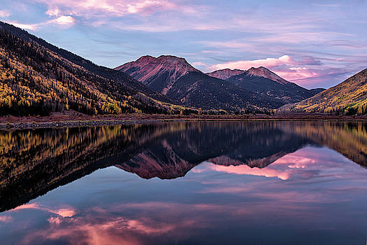 Pink Accents, Crystal Lake by Denise Bush
