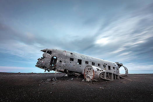 Plane Wreck of solheimasandur Iceland by Pierre Leclerc Photography