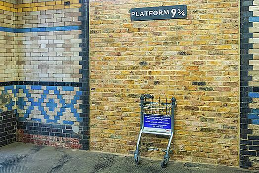 David Ross - Platform 9 3/4, Kings Cross Station, London