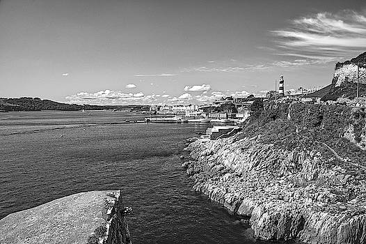 Plymouth Hoe Foreshore by Chris Day