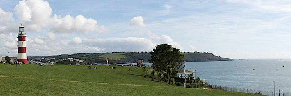 Plymouth Hoe Panorama by Chris Day