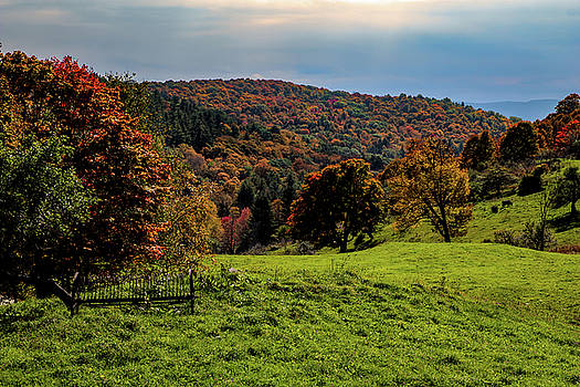 Pomfret Vermont fall colors by Jeff Folger