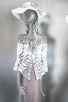 Jenny Rainbow - Porcelain Ladies Series. Romantic Fashion