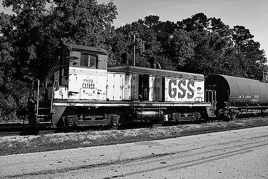 Port Rail Services NW2  B W 22 by Joseph C Hinson