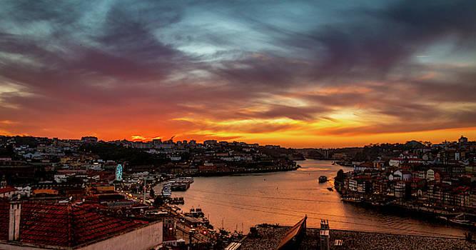 Porto Sunset by Fabio Gomes Freitas