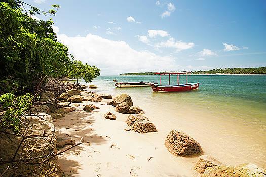 Praia dos Carneiros II by Yuri San