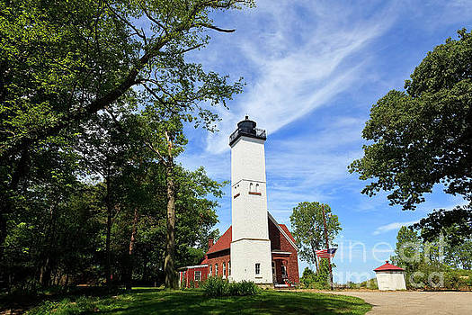 Jill Lang - Presque Isle Light in the State Park