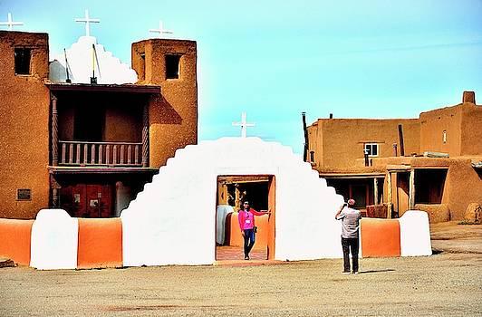 Pueblo architecture by Gerald Blaine