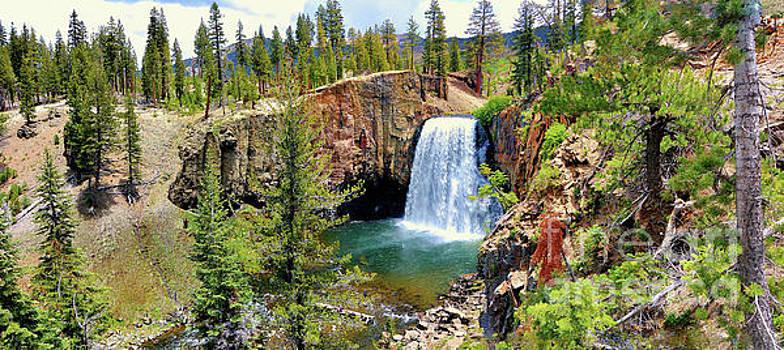 Rainbow Falls Panoramic by Joe Lach