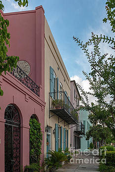 Rainbow Row - Charlesoton South Carolina by Dale Powell