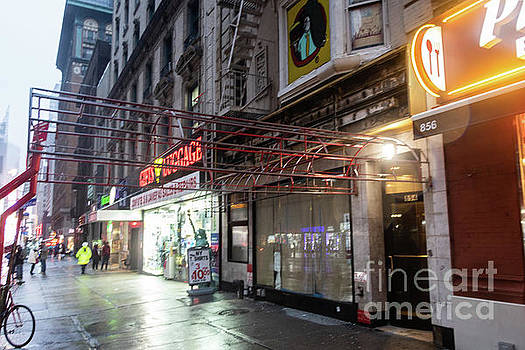 Remains of the Carnegie Deli by Thomas Marchessault