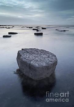 Rising tide at Kimmeridge by Colin Roberts