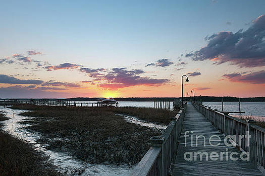 Dale Powell - River Sunset - Rivertowne on the Wando