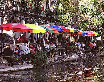 River Walk, San Antonio by Warren Gale