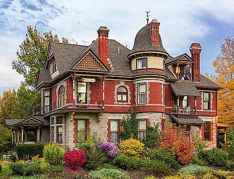 Roberts Mansion by David Sams