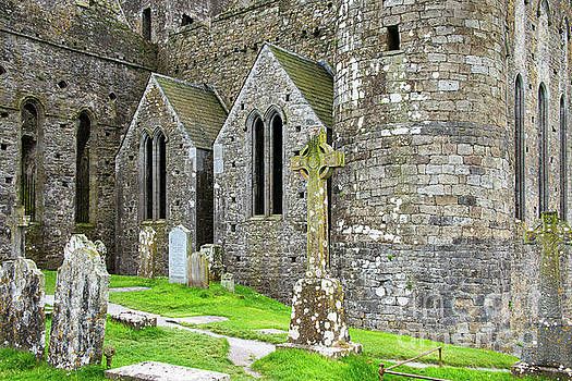 Bob Phillips - Rock of Cashel Fortress and Graveyard