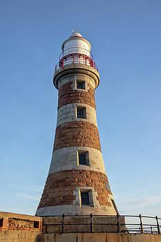 Roker lighthouse 4 by Steev Stamford