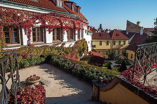 Jenny Rainbow - Romantic Corner in Vrtba Garden 2