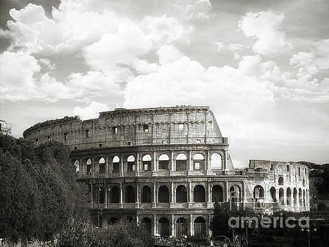 Rome - Colosseo Black And White by Stefano Senise
