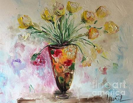 Roses in Vase by Laurie Lundquist