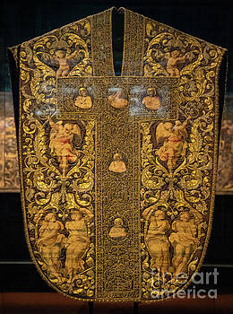 Wayne Moran - Sacred Vestments From The Museum of the Works of el Duomo Florence Italy