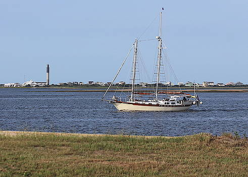 Sailing At Southport 3 by Cathy Lindsey